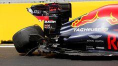 Daniel Ricciardo (AUS) Red Bull Racing RB12 crashed in FP1 at Formula One World Championship, Rd8, European Grand Prix, Practice, Baku City Circuit, Baku, Azerbaijan, Friday 17 June 2016. © Sutton Images