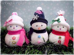 EmeLu Design: Muñecos de Nieve - Snowman sock  Easy video tutorial - So cute dolls