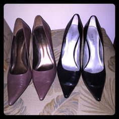 NINE WEST bundle 2 pairs of Sz 9.5 heels NINE WEST bundle 2 pairs of Sz 9.5 heels. In good condition. I wore the black pair more often and if shows more wear on the heels as seen in the second photo. They are a classic style with a pointed toe. Nine West Shoes Heels