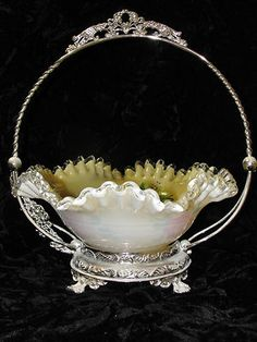 Fenton Brides Basket