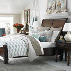 Bassett Sleigh Bed
