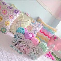 Crochet Home - بدون تعليق جمال الألوان والكروشية أميمة البتانوني