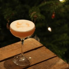 A super-smoky Christmas sour with mezcal and Calvados.