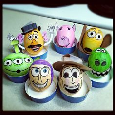 LoL This is awesome, and I bet it took a LONG time to do! Cool Easter Eggs, Easter Egg Crafts, Hoppy Easter, Easter Egg Designs, Easter Chocolate, Egg Art, Egg Decorating, Holiday Fun, Toy Story