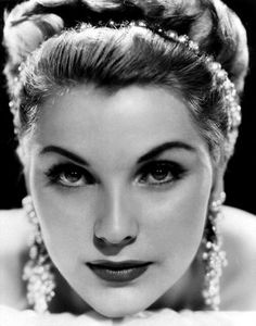 Debra Paget : One of the most beautiful Americans in history.