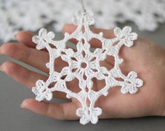 Crochet white snowflake tree ornaments Christmas snowflakes set of 6 ornaments Hand crochet snowflake tree decoration Winter wedding decor