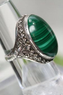 Rings in Jewelry - Etsy Vintage-Sterling & Malachite Ring