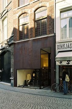 Beltgens Fashion Shop par Wiel Arets  intriguing store exterior