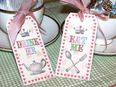 Free Printable Mad Hatter Eat Me, Drink Me Tags