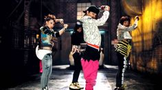 2NE1 - FIRE (Street Ver.) M/V #2NE1 #KPop