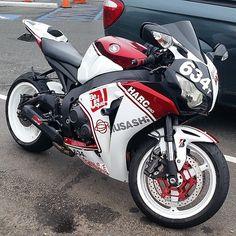 CBR1000RR Owner :@bikelife6969 #cbr1000rr #fireblade #honda