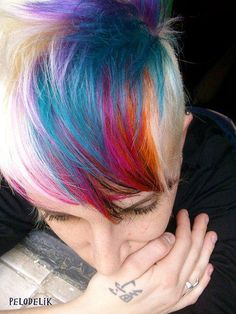 If i didn't have to bleach my hair in order to do this..... i would have it done in a heartbeat.