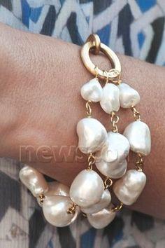 Crown Princess Mary Jewels Marianne Dulong bracelet Qu'est-ce que ce disease Corona? The computer virus Royal Jewelry, Pearl Jewelry, Beaded Jewelry, Jewelry Bracelets, Ankle Bracelets, Pearl Bracelets, Gold Jewelry, Jewelry Accessories, Jewelry Design