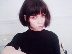 Pics/tips for short bob styles/french bobs-with or without bangs: