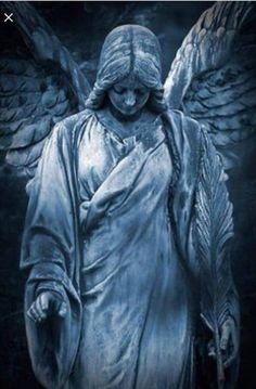 Sad Angel - My list of best tattoo models Cemetery Angels, Cemetery Statues, Cemetery Art, Guardian Angel Tattoo, Angel Tattoo Men, Sculpture Art, Sculptures, Sad Angel, Statue Tattoo