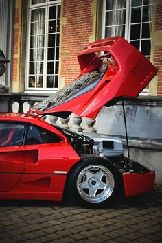 F-40... my absolute favourite supercar of ALL time