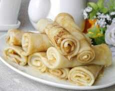 Рецепты Ukrainian Recipes, Russian Recipes, Crepe Recipes, Just Cooking, Ravioli, Crepes, Bon Appetit, Donuts, Peanut Butter