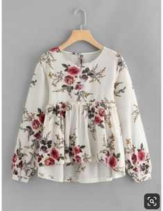 To find out about the Floral Print Dip Hem Smock Blouse at SHEIN, part of our latest Blouses ready to shop online today! Muslim Fashion, Hijab Fashion, Fashion Dresses, Fashion Blouses, Blouse Styles, Blouse Designs, Look Fashion, Girl Fashion, Latest Fashion
