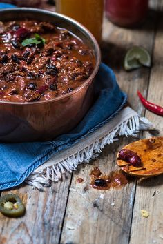 Smoky brisket beef chilli con black beans {chilli con carne} | Lau Sunday cooks | Natural lifestyle, Paleo and gluten free recipes