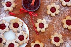 Špaldové linecké bez cukru (od 1 roku) | Máma v kuchyni Xmas, Christmas, Pancakes, Oatmeal, Bakery, Low Carb, Food And Drink, Pudding, Sweets