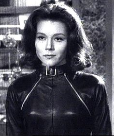 Diana Rigg plays Emma Peel in the Avengers
