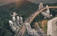 An architectural marvel, Golden bridge of Vietnam is undoubtedly one of the finest attractions that the land of ascending dragons has to offer. For an unparalleled lush green spectacle coupled with entertainment galore, book away your Vietnam tour Vietnam Tour Packages, Vietnam Tours, Vietnam Travel, Danang Vietnam, Da Nang, Hanoi, Photo Vietnam, Vietnam Voyage, Local Tour
