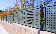 Fabricamos e instalamos todo tipo de cerramientos metálicos en Gipuzkoa