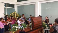 Lágrimas, dolor y melodías de tristeza inundaron el sepelio de Armando Cañizales, músico asesinado en protesta - Noticias en las Redes