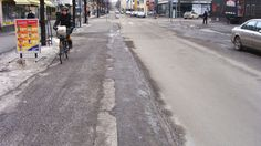 Surfaces of bicycle lanes vs. car lanes or roads.
