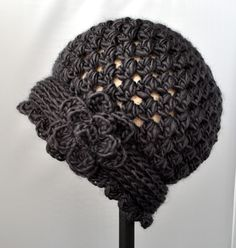Crochet - Vintage Flowered Cloche Pattern | Classy Crochet