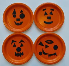 Jack o lantern Paper plates, from Craftulate.blogspot.com  http://craftulate.blogspot.com/2013/09/6-super-easy-halloween-crafts-for.html
