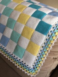 boost your creativity with this huge stitch library of knitting stitch patterns design patterns scoopit - PIPicStatsYou'll love this Entrelac Blanket Pattern Free Video Tutorial that steps you through how to make your own gorgeous creations. Crochet Shawl Diagram, Tunisian Crochet Patterns, Chunky Knitting Patterns, Granny Square Crochet Pattern, Baby Hats Knitting, Knitting Stitches, Bobble Stitch Crochet Blanket, Baby Blanket Crochet, Crochet Baby