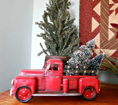 Super vintage red truck christmas home tours ideas Christmas Red Truck, Cowboy Christmas, Primitive Christmas, Country Christmas, Winter Christmas, All Things Christmas, Christmas Home, Vintage Christmas, Christmas Crafts