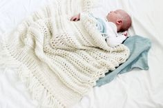 We adore that the fluttering message of love is back in fashion, interior and also kid's wear! Presenting Ministrikk's very own bohemian baby throw! Knitting For Kids, Baby Knitting, Boho Baby, Baby Size, Knit Crochet, Kids Room, Wraps, Baby Boy, Barn