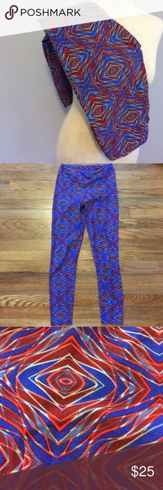 EUC LuLaRoe Blue Red Patterned OS Leggings They were worn once and washed per LLR guidelines. There are no flaws whatsoever. Made in Vietnam. LuLaRoe Pants Leggings