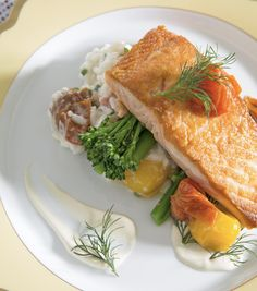 Pan-Seared Scottish Salmon with Dill-Butter Sauce / A Spring Dinner Party | Traditional Home