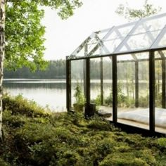 Garden Shed by architect Ville Hara & designer Linda Bergroth. Bergroth's customized version of the prefab greenhouse+shed combo acts as a summer house on a Finnish island. How To Feng Shui Your Home, Farnsworth House, Haus Am See, Garden Design, House Design, Natural Home Decor, Interior Exterior, Interior Design, Room Interior