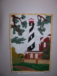 Pam's Quilts - Cape Hatteras lighthouse quilt- Is this cool or what!