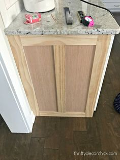 How to upgrade the end of your builder grade cabinets | Thrifty Decor Chick | Bloglovin'