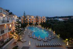 Contessina Hotel - Panoramic View (at night)