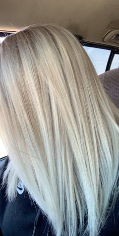 White icy blonde White icy blonde - All For Hair Cutes Ash Blonde Hair With Highlights, Platinum Blonde Hair Color, White Blonde Hair, Blonde Hair Looks, Blonde Hair Shades, Light Blonde Hair, Icy Blonde, Balayage Hair Blonde, Icy Hair