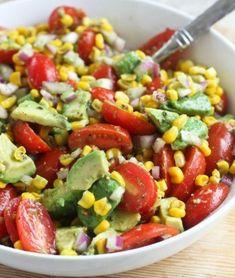 Avocado, Tomato & Corn Salad – My Salat Roasted Corn Salad, Avocado Tomato Salad, Main Dish Salads, Corn Salads, Corn Recipes, Healthy Recipes, Recipes Dinner, Picnic Side Dishes, Caprese Salat