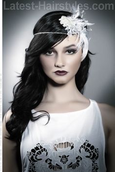 Roaring Twenties Great Gatsby Inspired Style: Love the drama and beauty of the 1920s? Try this Great Gatsby-inspired style to compliment your vintage wedding aesthetic.   How to Style instructions and product recommendations.   Face Shape and Hair Type: This style will work with all face shapes and hair types.