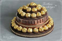 Chocolate Pack, Chocolate Gifts, Chocolate Lovers, Rocher Torte, Chocolate Flowers Bouquet, Edible Crafts, Candy Cakes, Deco Floral, Edible Arrangements