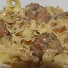 Anna's Amazing Easy Pleasy Meatballs over Buttered Noodles ounce) cans condensed cream of celery soup ounce) cans condensed French onion soup ounce) container sour cream pounds frozen Italian-style meatballs ounce) packages uncooked egg noodles cup butter Slow Cooker Recipes, Crockpot Recipes, Cooking Recipes, Pasta Recipes, Budget Recipes, Skillet Recipes, Healthy Recipes, Pasta Dishes, Food Dishes
