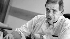 MISTERIO Apareció muerto en Punta del Este uno de los investigadores de los #PanamaPapers  Carlos Díaz era el director de la Secretaría Nacional para la Lucha contra el Lavado de Activos y el Financiamiento del Terrorismo en Uruguay y había investigado casos vinculados al narcotráfico y a Panamá Papers