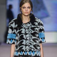 58 отметок «Нравится», 2 комментариев — INFUR MAGAZINE (@infur_magazine) в Instagram: «@theonemilano debuted during Milan Fashion Week, with the Italian Fur Fashion Night Show. Tap link…»