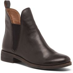 $138, Black Leather Chelsea Boots: Sole Society Nocturno Leather Boot. Sold by Sole Society. Click for more info: https://lookastic.com/women/shop_items/311900/redirect