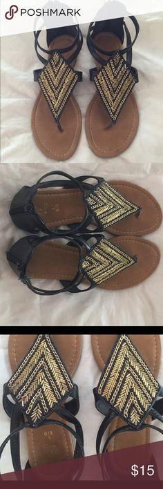🌸🌸Black and Gold sandals🌸🌸 Black and Gold Sandals. Size L 8-9 Shoes Sandals
