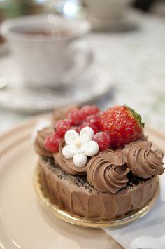 미니 초콜릿 레드 스트로베리 케이크